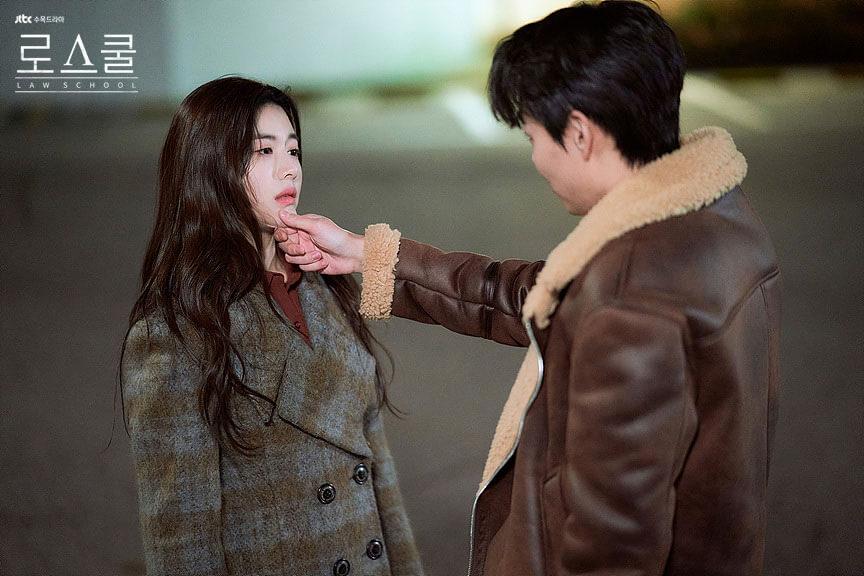 韓国ドラマ「ロースクール」彼氏に脅されるチョン・イェスル